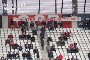 rwe_spruchband_meister_muessen_aufsteigen